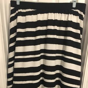 AVA & VIV Black/white striped skirt. Long!!